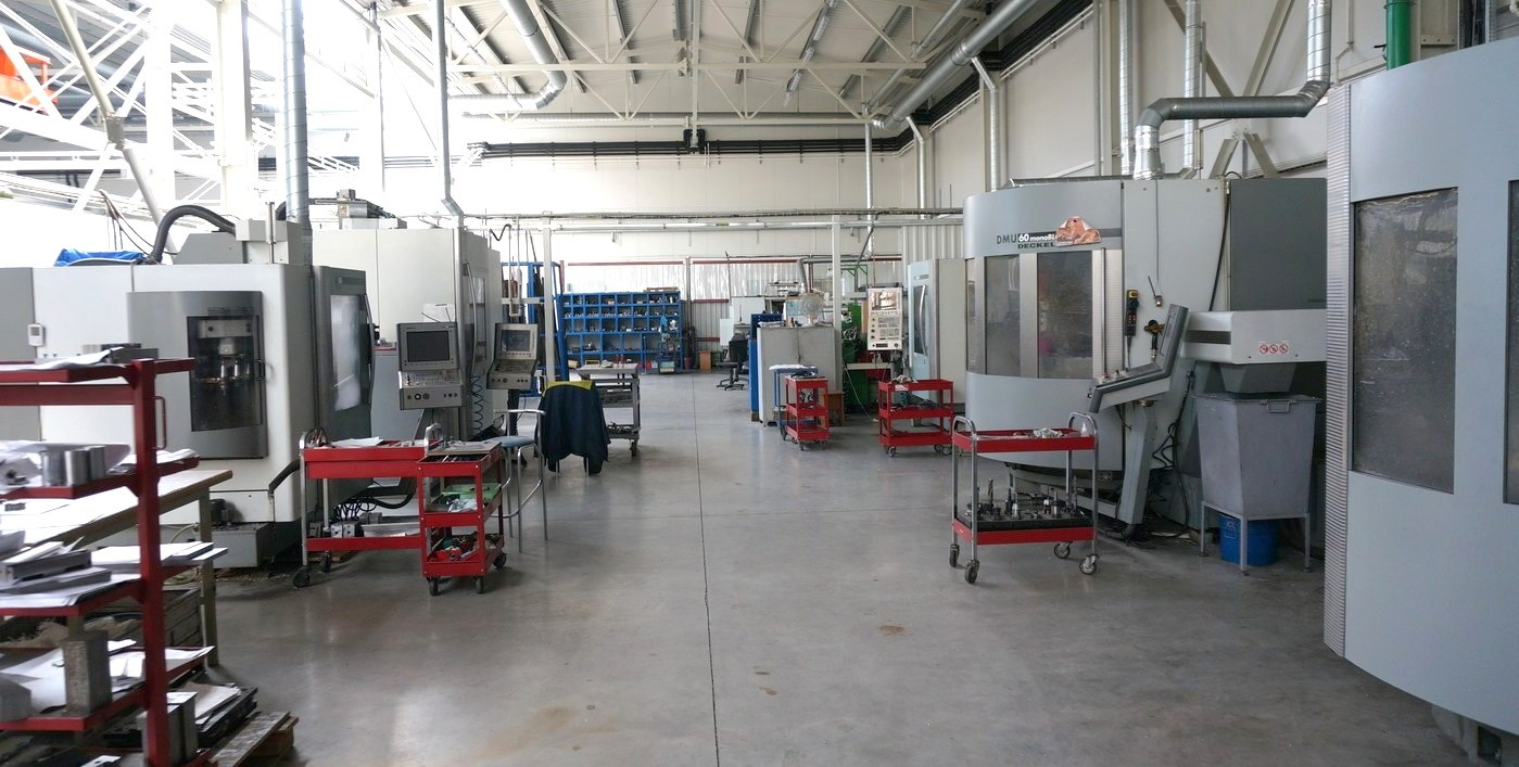 Plastic Technologies Injection Molding Tool Room